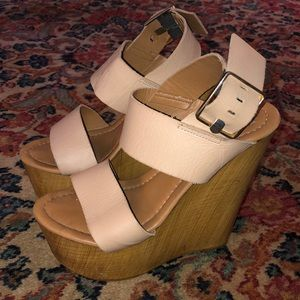 Steve Madden Wedges!
